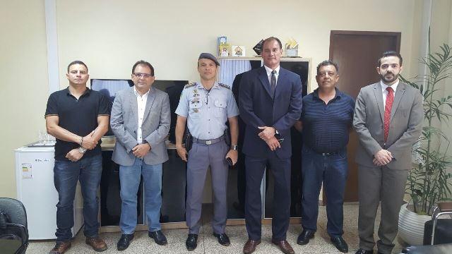 Representantes da CEA, PM e Sejusp: segurança das equipes. Foto: CEA/Divulgação