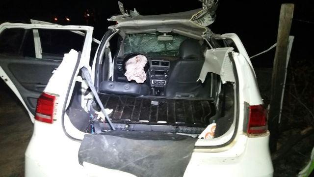 Teto teve que ser retirado para resgatar o motorista de 120 quilos
