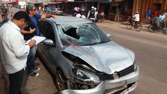 Velocidade era tão alto que provocou grandes danos ao carro. Fotos: Olho de Boto