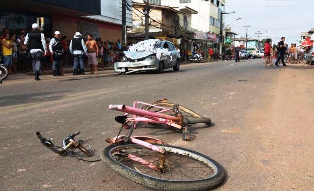 Bicicleta do comerciante de açaí: 100 km/h