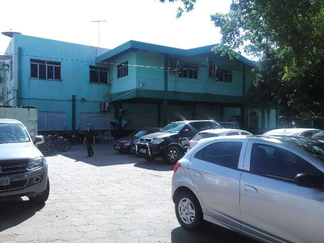 Estacionamento onde ocorreram as agressões: carro impedia saída
