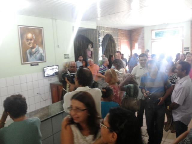 Comunidade marcou presença na missa. Fotos: Cássia Lima