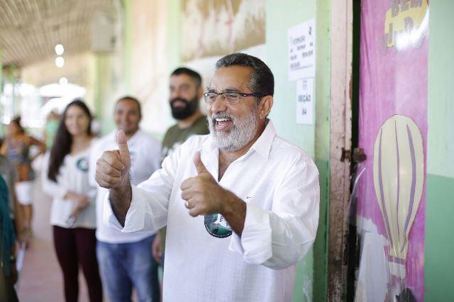 Gilvam no domingo de eleição. Foto: Ascom