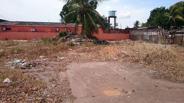 Local onde o Ciosp de Santana deveria ser construído está abandonado