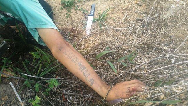 Polícia informou que a faca está sendo periciada