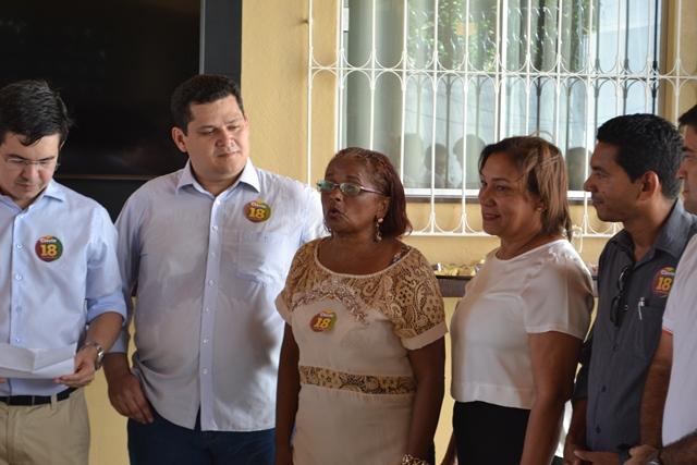 Maria Orlanda, a nova prefeita de Oiapoque, ao lado do senador Davi (DEM). Fotos: Seles Nafes
