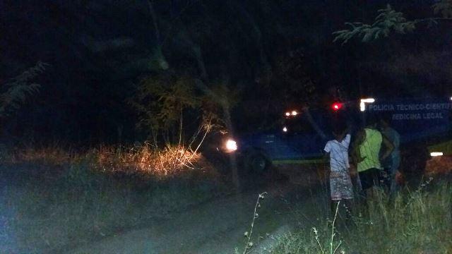 Local de difícil acesso é usado por criminosos para esconder restos de veículos roubados