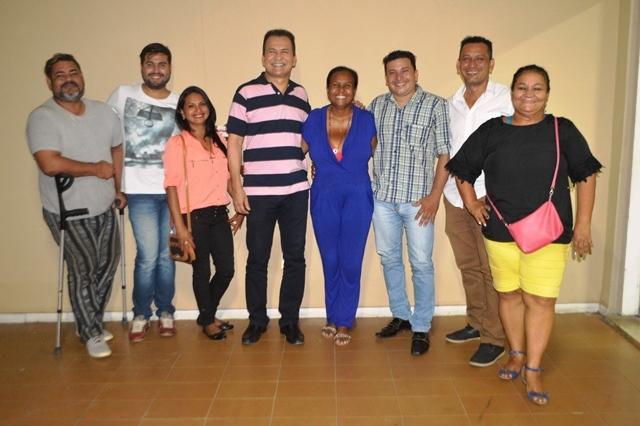 Deputado Marcos Reátegui com nova diretoria da Fefap