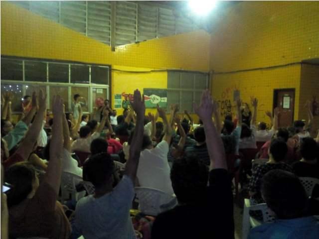 Decisão dos professores da universidade reforça mobilização nacional da categoria. Fotos: Sindufap