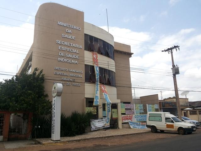 Prédio do Dsei em Macapá. Ocupação continua com idade de representantes até Brasília. Fotos: Cássia Lima