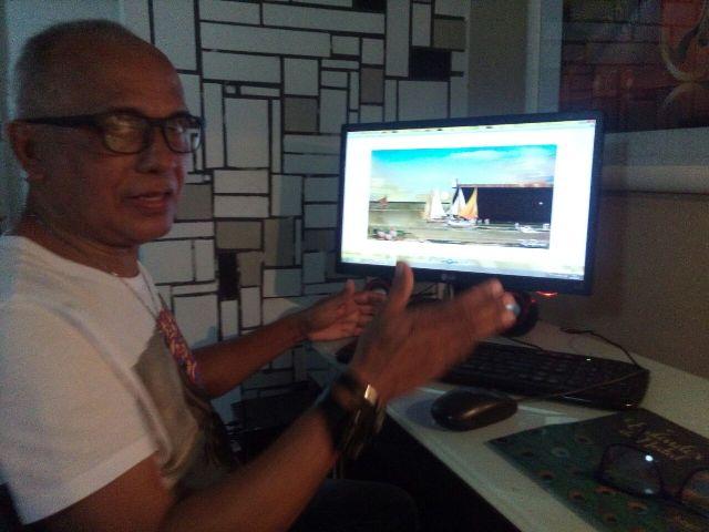 Ronaldo Picanço e sua plataforma de trabalho: o computador. Fotos: André Silva