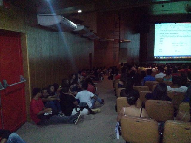 Aulão mobilizou comunidade estudantil que se prepara para o Enem. Fotos: André Silva