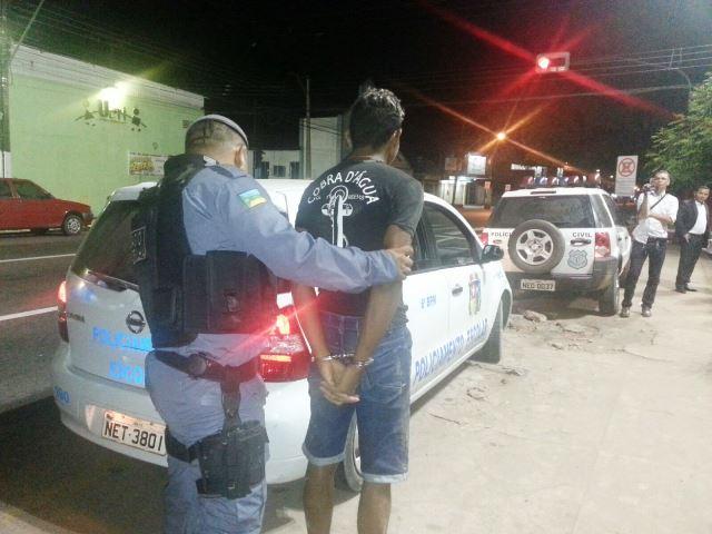 Comparsa é preso após assalto com tentativa de estupro