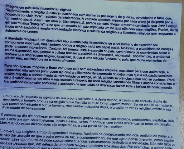 Texto com o tema da prova foi apreendido pelos agentes. Fotos: PF/Divulgação