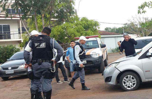 Soldado Benedito Balieiro fo detido numa barreira do BPRE. Fotos: Olho de Boto