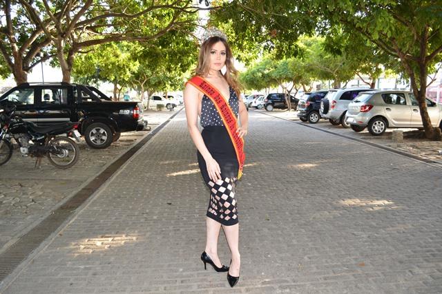 Nataly Uchôa, de 22 anos, é a atual Rainha das Rainhas. Fotos: André Silva