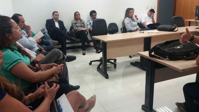 Audiência reuniu técnicos e comerciantes