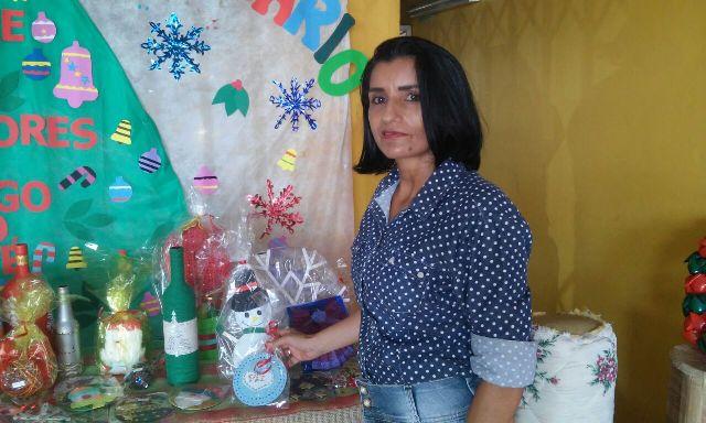 Coordenadora do projeto, a professora Solange Abreu: objetivo é trabalhar a caridade