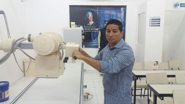 Coordenador do curso, professor Luís Carlos: