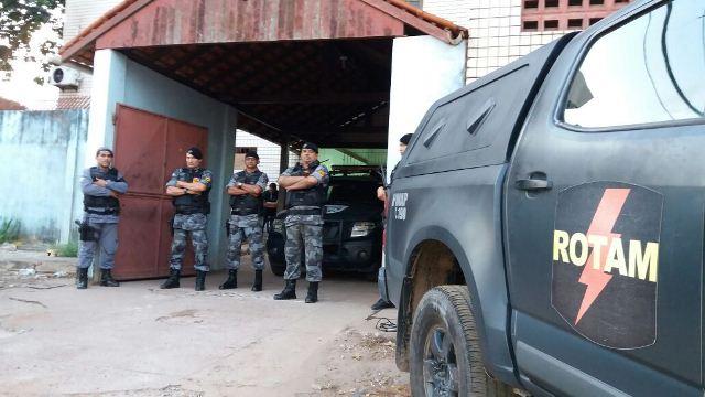 Equipe da Rotam conseguiu interceptar fuga dos criminosos