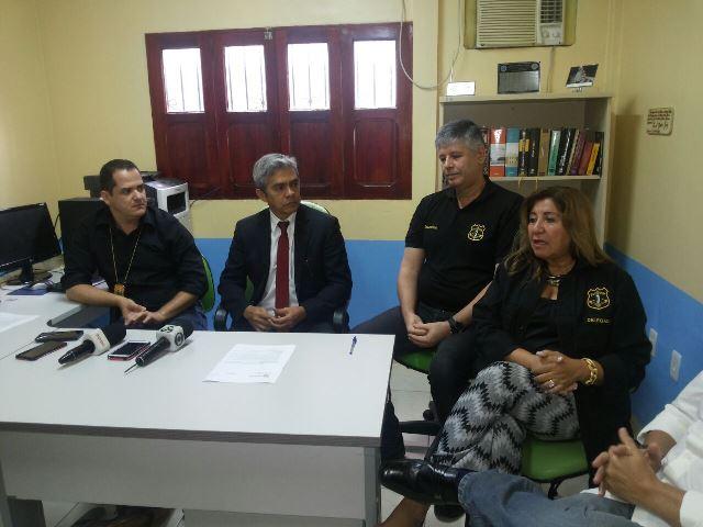 Delegados que participaram das investigações concedem entrevista coletiva no dia 28