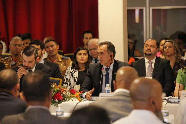 Governador do Amapá, Waldez Góes, participou do encontro transfronteiriço que definiu vários acordos de cooperação entre estado e Guiana Francesa. Foto: Marcelo Loureiro (Secom)