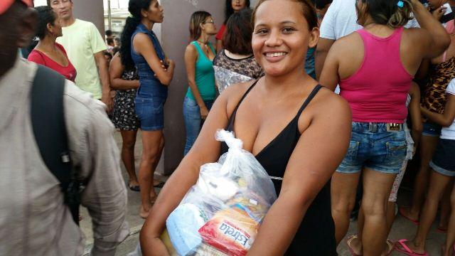 Elenilza de Souza, dona de casa: está beneficiando a população