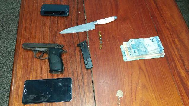 Bandidos exigiam R$ 5 mil. Fotos: Olho de Boto