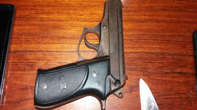 Pistola 380 usada pela dupla
