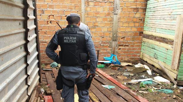 Beco onde a vítima foi encurralada e morta. Fotos: Olho de Boto