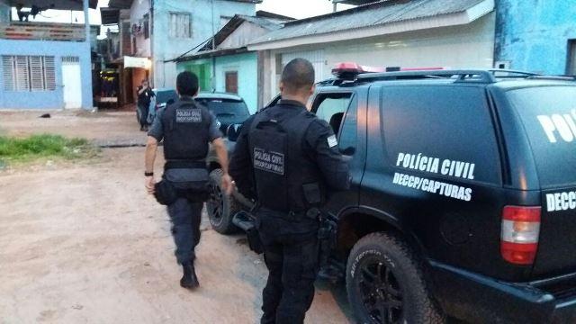 Equipes de várias delegacias estão cumprindo mandados em Macapá. Foto: Olho de Boto