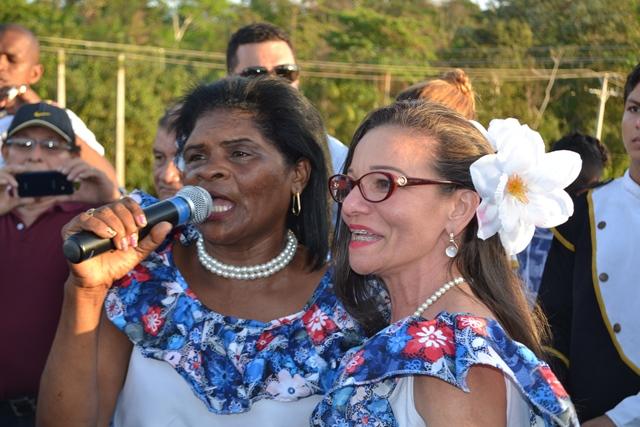 ...cantaram músicas lembrando a história do povo de Mazagão