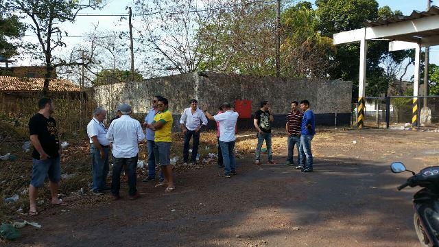 Ex-funcionários e empresários se uniram para impedir que haja embarque de minério. Fotos: Fernando Santos