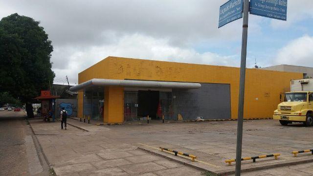 Loja na Rua Leopoldo Machado foi a primeira a fechar. Fotos: Seles Nafes