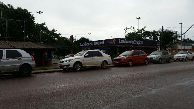 Fraudes em placas de táxi Santana (1)