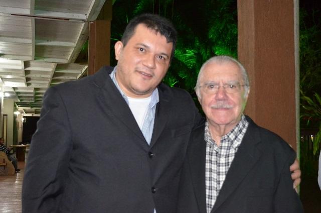 Com o senador José Sarney