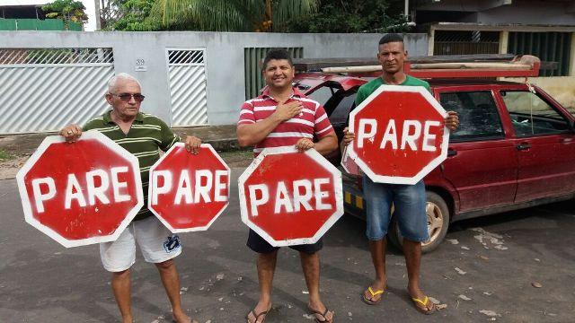 MOradores do Nova Esperança sinalizam ruas (2)