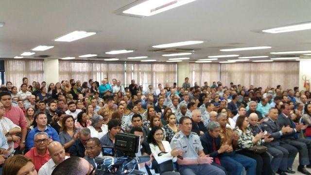Secretários e equipe de governo participaram da cerimônia de posse do novo secretário de Saúde e do novo comandante da Polícia Milirar. Fotos: André Silva