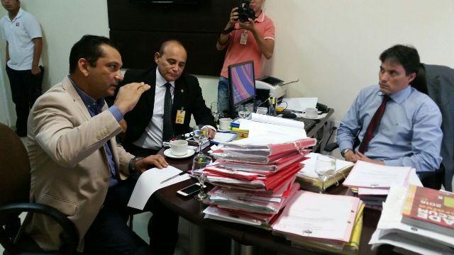 Prefeitura de Santana debate dívida do município com MP (1)