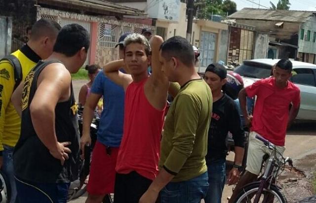 Infrator foi detido por populares