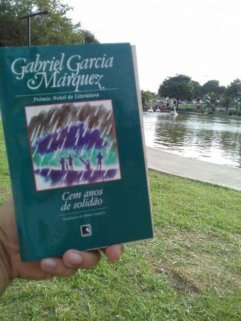 """Clássicos como """"Cem anos de solidão"""", de Gabriel García Marquéz, podem ser encontrados no acervo"""