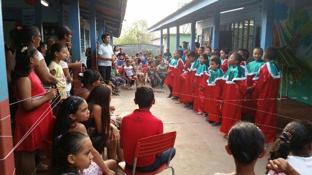 Escola conta com uma série de projetos para motivar comunidade. Fotos: Escola Góias
