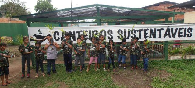 Canteiro sustentável, iniciativa de educação ambiental