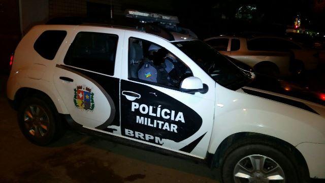 Policiais enfrentaram a residtência da família de um dos acusados