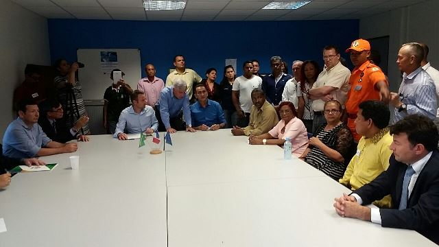 Governador do Amapá com autoridades da Guiana