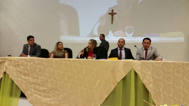 Telma Lima assumiu como presidente da Câmara