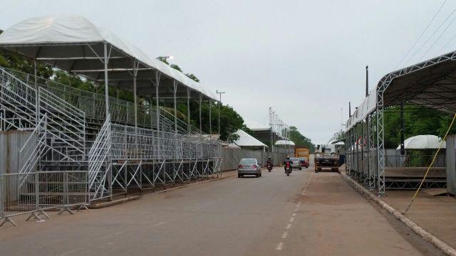 Estrutura está quase concluída para receber foliões no carnaval de Santana. Foto: Fernando Santos