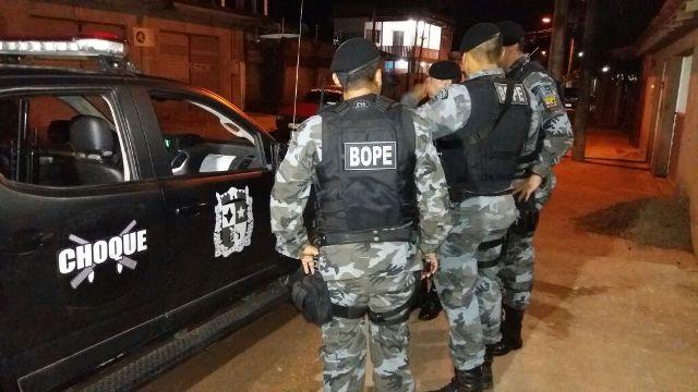 Bope ajudou na busca de comparsas do infrator, que teriam disparado contra a PM