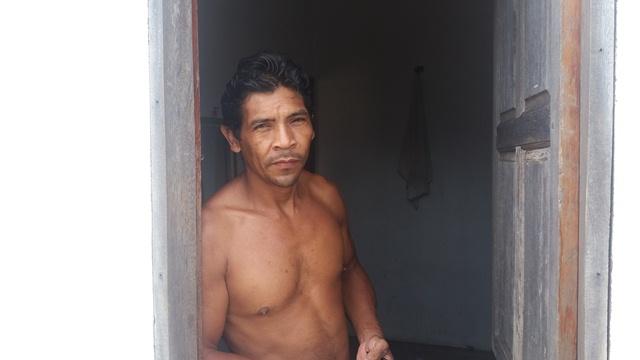 Nazareno: sem dinheiro, ocupação das casas se dá de forma improvisada
