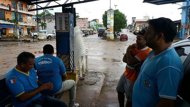 Taxistas de Oiapoque: amortecedores novos a cada 2 meses